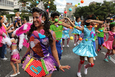 Municipio Sucre Celebr   La Fiesta Del Carnaval 2013